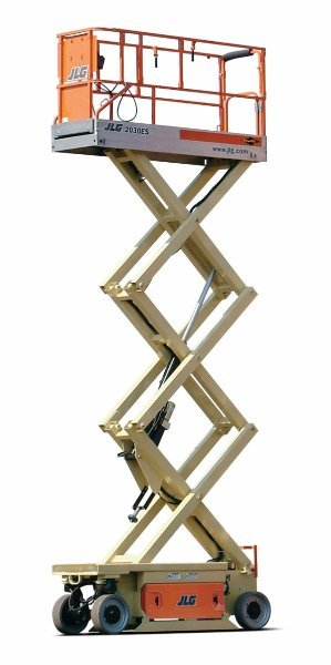 Plataforma tijera eléctrica Modelo JLG 2033E3 Altura de trabajo de 8m